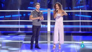 Álex Forriols y Sislena Forriols cantan 'Come what may'