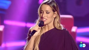 Belén Aguilera canta 'One' en el 'Último asalto'