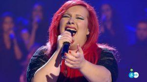 María Cambas canta 'Rise Up'